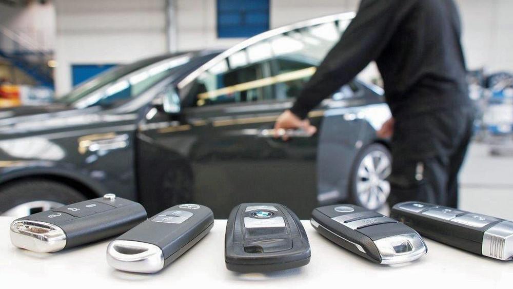 Kühlschrank Ins Auto Legen : Trend bei autodieben keyless geklaut u ffh